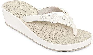 Clarks Liya Macadamia Flip Flops