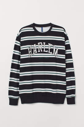 H&M Sweatshirt with Motif - Black