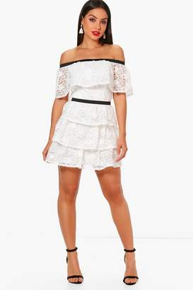 boohoo Boutique Tiered Lace Skater Dress