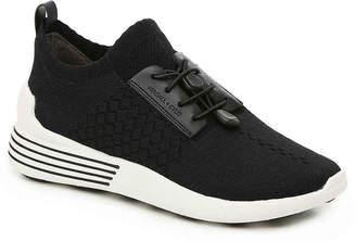 KENDALL + KYLIE Brandy Jogger Sneaker - Women's