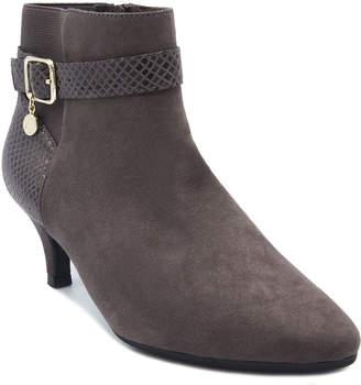 Gloria Vanderbilt Womens Hawn Dress Boots Zip