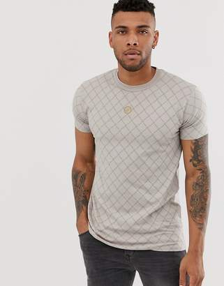 SikSilk muscle t-shirt with monogram in cream