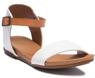 Ziginy Island Open Toe Sandal