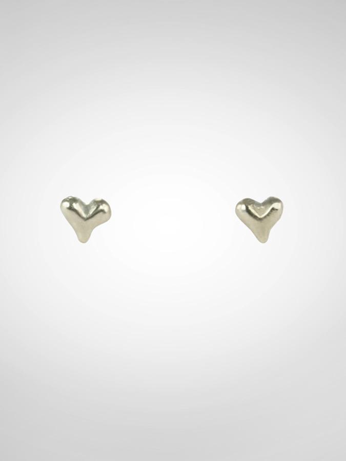 Zobha Tiny Heart Post Earrings