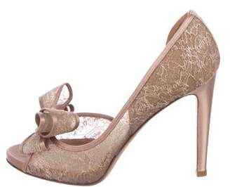 8fd6a8e5943 Pre-Owned at TheRealReal · Valentino Bow Lace Pumps
