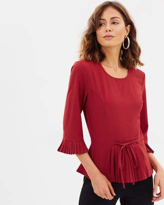 Atmos & Here ICONIC EXCLUSIVE - Brea Pleated Sleeve Top