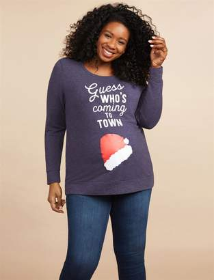 GUESS Motherhood Maternity Plus Size Who's Coming To Town Christmas Maternity Graphic Tee