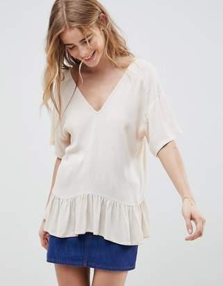Asos Design DESIGN Ruffle Hem T-Shirt In Crinkle