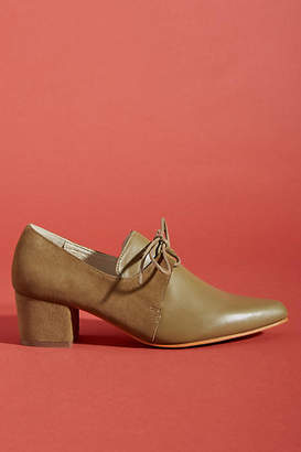 Intentionally Blank Premlim Oxford Heels