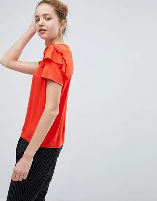 Daisy Street Cute T-Shirt With Ruffle Shoulders