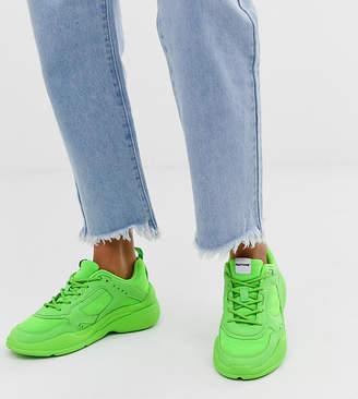 Bershka x PANTONE sneaker in neon green