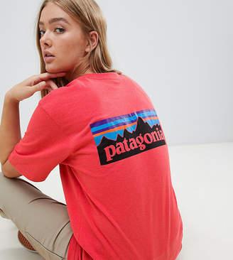 Patagonia Oversized P-6 Logo Responsibili-Tee in Red