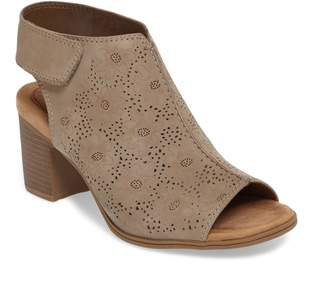 Rockport Cobb Hill Hattie Perforated Slingback Sandal