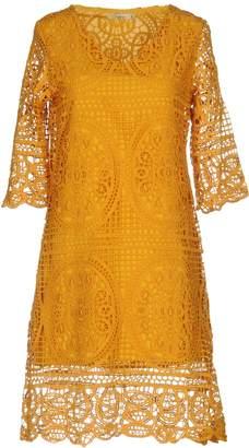 Darling Knee-length dresses