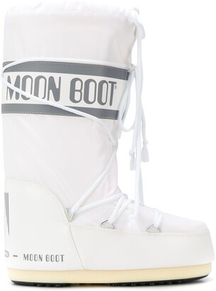 Moon Boot logo drawstring boots