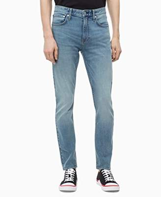 Calvin Klein Jeans Men's Ckj 035 Straight Fit Jean