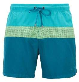BOSS Hugo Colorblock swim shorts laser-cut insert L Open Green