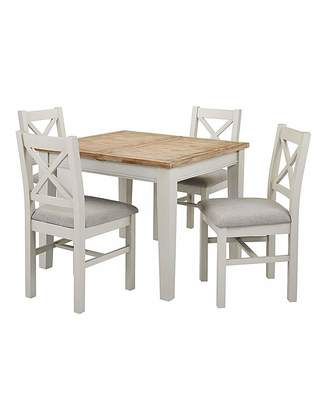 Accessories Ashdawn Extending Dining Table 4 Chairs
