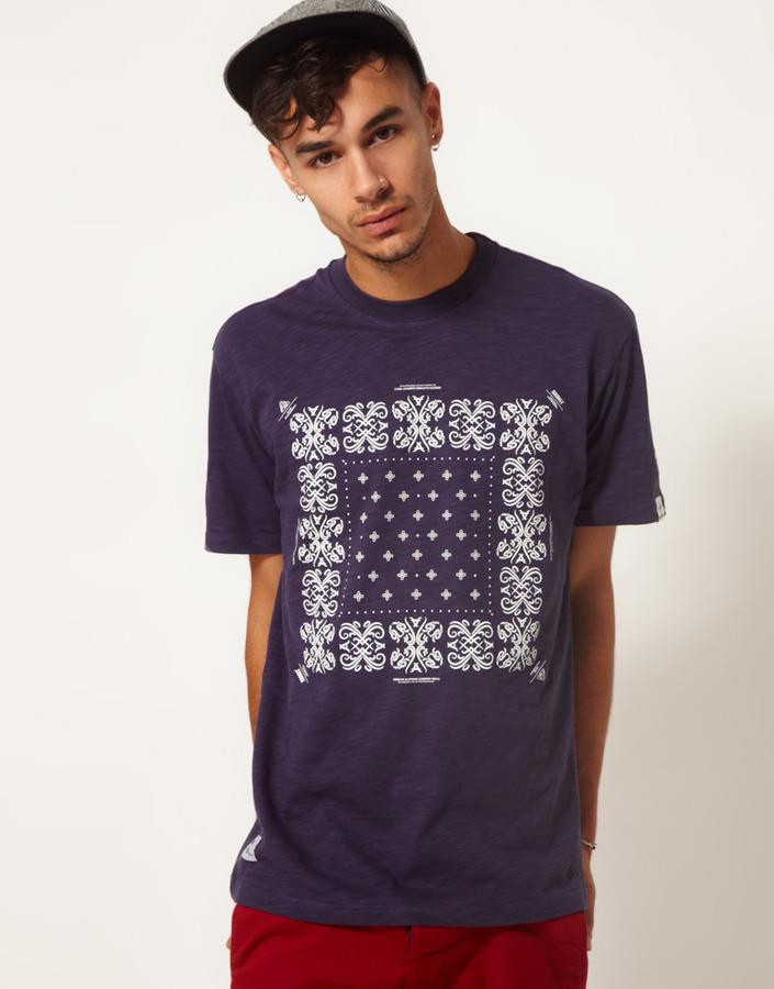 Addict T-Shirt Bandana Print