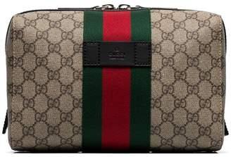 Gucci beige GG Supreme canvas wash bag