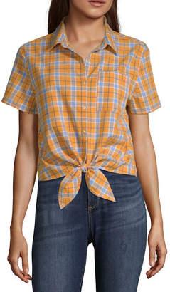 Arizona Short Sleeve Modern Fit Button-Front Shirt-Juniors