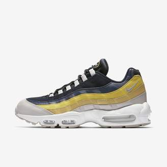 Nike 95 Essential Men's Shoe. CA