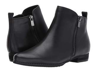 Blondo Lynne Waterproof Bootie