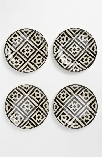 Black & White Dessert Plates (Set of 4) One Size
