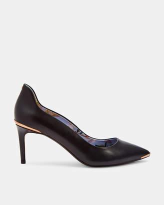 Ted Baker VIYXNL Back detail leather low heel courts