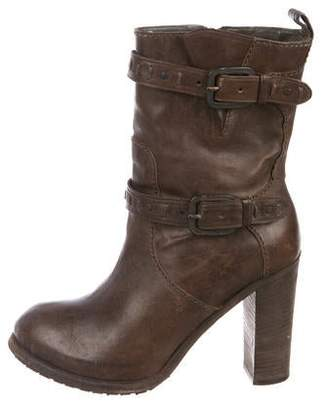 Henry Beguelin Leather Round-Toe Ankle Boots