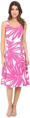 Donna Morgan Pique Knit Sleeveless Scoop Midi Dress Women's Dress