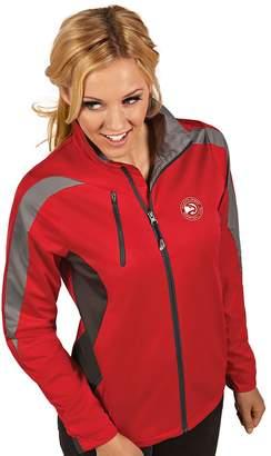 Antigua Women's Atlanta Hawks Discover Pullover