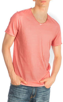 GUESS Oil-Wash V-Neck T-Shirt