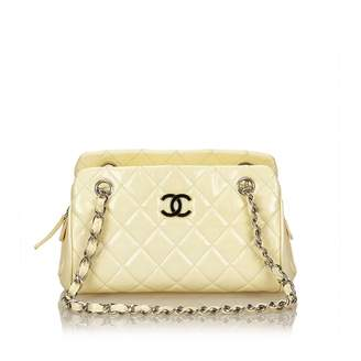 Chanel White Patent leather Handbag