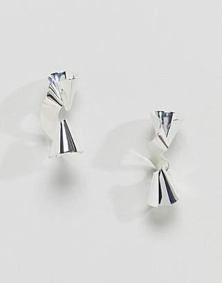 Glamorous Silver Metal Twist Earrings (+)