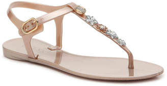 GUESS Addison Flat Sandal - Women's