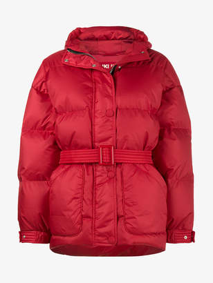 Ienki Ienki Red Michelin belted puffer jacket