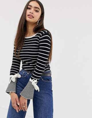 Missguided flared sleeve tie detail jumper in mono stripe