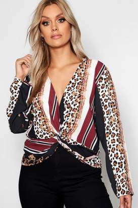 boohoo Plus Leopard Chain Print Twist Top