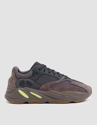 adidas YEEZY Boost 700 Sneaker
