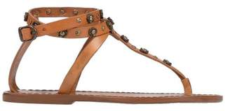 Campomaggi Toe post sandal