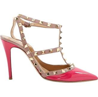 cd500ff6abc Valentino Rockstud Pink Patent leather Heels