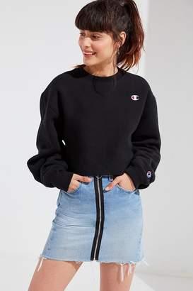 Champion & UO Crew-Neck Cropped Sweatshirt