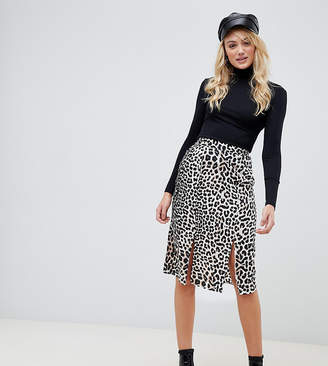 Influence Tall leopard print midi skirt with slits