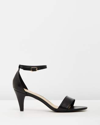 Atmos & Here ICONIC EXCLUSIVE - Anika Leather Heels