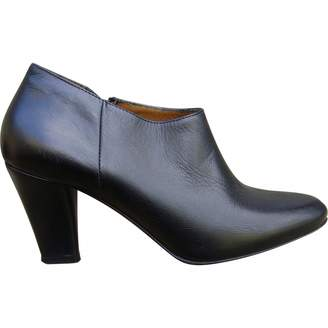 Hobbs Black Leather Ankle boots