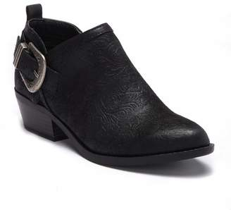 White Mountain Footwear Davenport Pebble Ankle Bootie