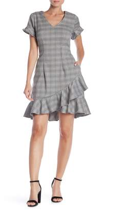 ECI Short Sleeve Plaid Print Sheath Dress