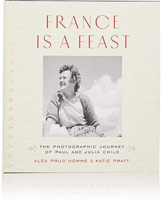 W. W. Norton W.W. Norton France Is A Feast: The Photographic Journey Of Paul & Julia Child