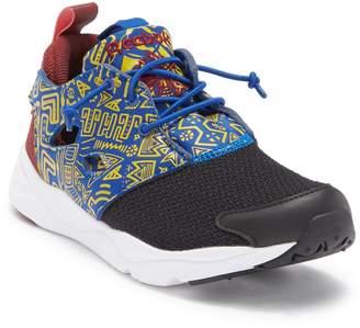 Reebok Fury Lite Sneaker
